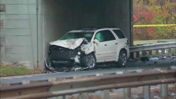 A three-car accident on the Hutchinson River Parkway Saturday morning left two people dead and three others injured.