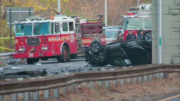 "<div class=""meta ""><span class=""caption-text "">A three-car accident on the Hutchinson River Parkway Saturday morning left two people dead and three others injured.</span></div>"