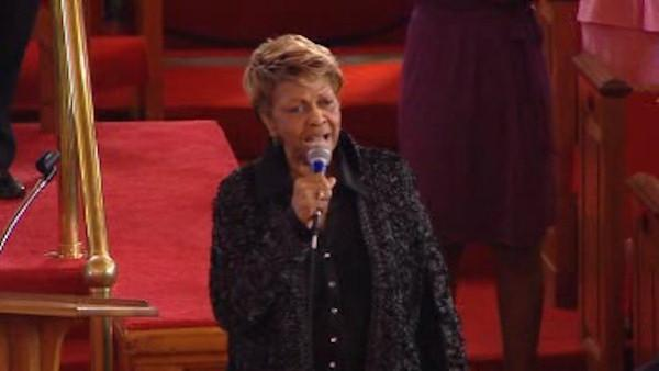 Cissy Houston sang in a tribute to her late daughter Whitney