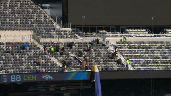 "<div class=""meta image-caption""><div class=""origin-logo origin-image ""><span></span></div><span class=""caption-text"">Following Tuesday's snowstorm, workers cleared off MetLife Stadium in preparation for Super Bowl 48 on February 2nd.</span></div>"