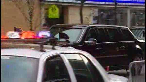 President Obama drove by the Channel 7 studios on his way to a fundraiser on 67th street.