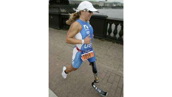 Sarah Reinertsen fought the struggle to compete with a can-do, always-tri, nothing is impossible attitude. <span class=meta>(Sarah Reinertsen)</span>