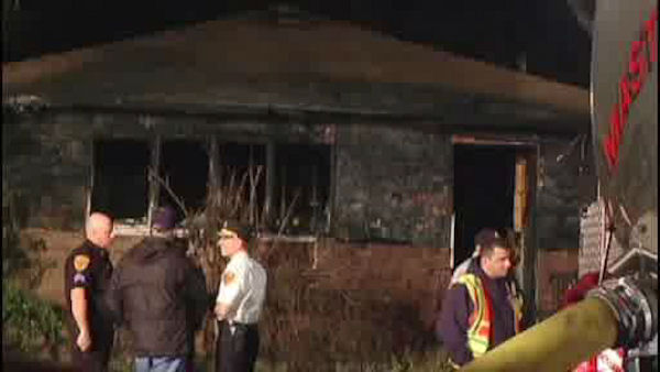 "<div class=""meta ""><span class=""caption-text "">A woman and her three children were killed when a fire swept through their home in Shirley, Long Island Friday night.</span></div>"