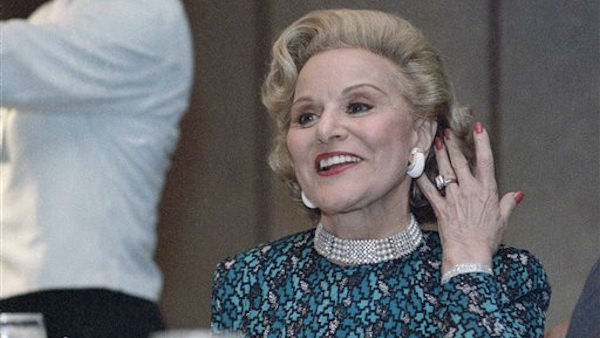 "<div class=""meta ""><span class=""caption-text "">Abigail Van Buren, the longtime advice columnist Dear Abby, died on Thursday, January 17, 2013.  She was 94. (AP Photo/Robert Kaiser)</span></div>"