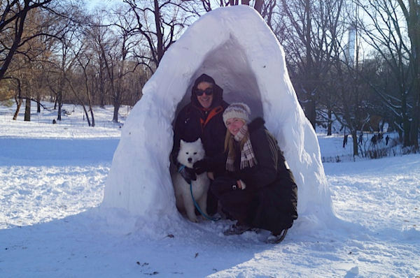 "<div class=""meta ""><span class=""caption-text "">John Moran and daughter Lindsey, enjoying an igloo and winter fun with ?Promise?, a 3 yr. old adopted Samoyed in Central Park.</span></div>"