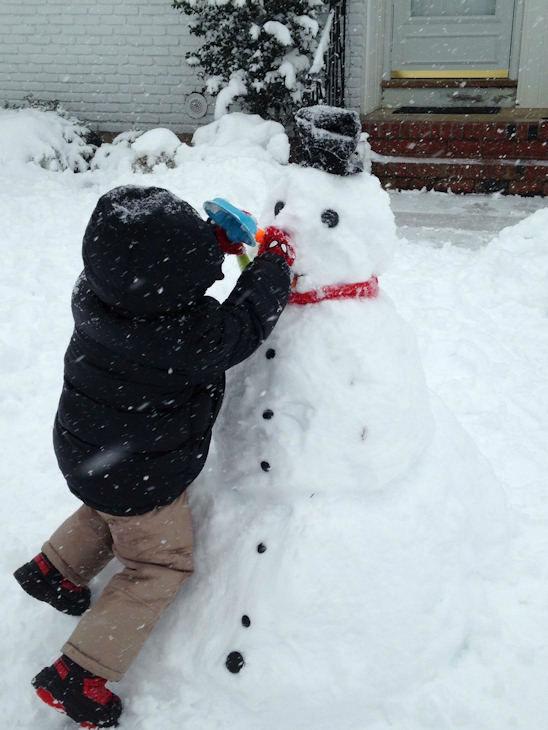 "<div class=""meta ""><span class=""caption-text "">Snowman fun</span></div>"