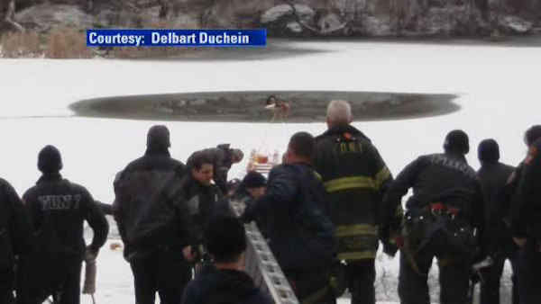 Eyewitness News viewer Delbart Duchein captured the dramatic pictures of the rescue. <span class=meta>(Photo&#47;Delbart Duchein)</span>
