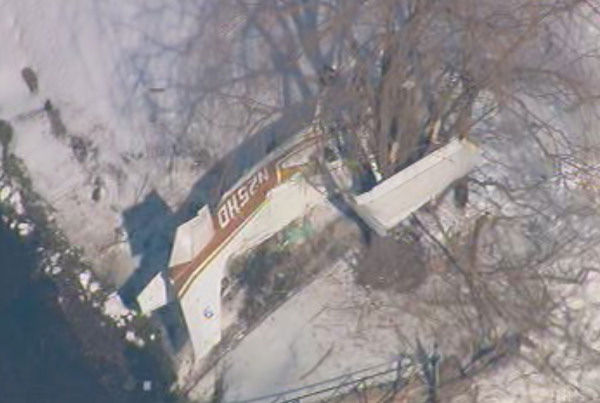 A small plane crashed near Lincoln Park Airport in New Jersey on Thursday morning.  The pilot, the only person on board, was injured.  <span class=meta>(WABC Photo)</span>