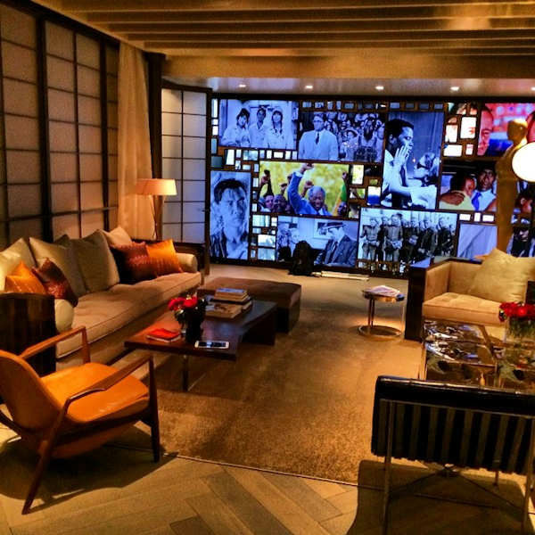 How cool is this? Oscar&#39;s waiting room! This is where the stars will wait backstage before they appear on the show. <span class=meta>(Sandy Kenyon)</span>