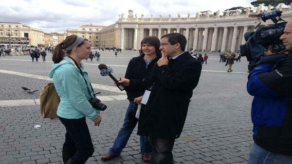 Joe Torres and New Yorkers at the Vatican about Conclave. What goes on during the process First @ 4. -@KimDillon