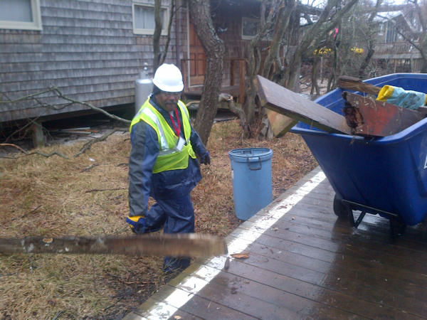 "<div class=""meta image-caption""><div class=""origin-logo origin-image ""><span></span></div><span class=""caption-text"">Fire Island cleanup from Superstorm Sandy begins (Kristin Thorne)</span></div>"