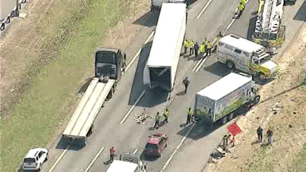 "<div class=""meta image-caption""><div class=""origin-logo origin-image ""><span></span></div><span class=""caption-text"">Multiple vehicles, including a tractor-trailer, were involved in an accident Monday afternoon on the New Jersey Turnpike in Monroe Township. </span></div>"