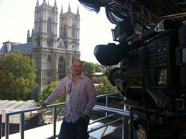 Eyewitness News' Angelo Martin in London for the Royal Wedding of Prince William and Kate Middleton. (Photo by Bryan White/Eyewitness News)