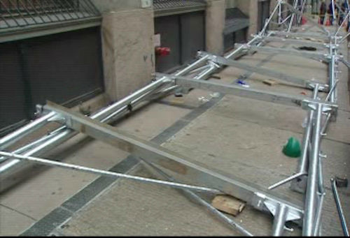 "<div class=""meta ""><span class=""caption-text "">The scene of a scaffolding collapse on Franklin Street in Lower Manhattan on Thursday, April 26, 2012 in which two construction workers suffered injuries.</span></div>"