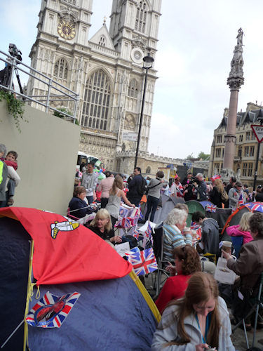 "<div class=""meta ""><span class=""caption-text "">Crowds camp outside the Abbey...excitement growing. (Photo by Bryan White)</span></div>"