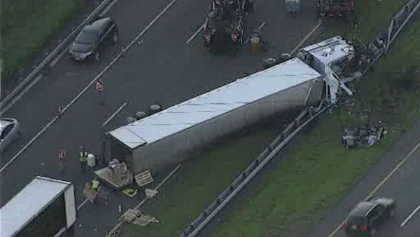 "<div class=""meta ""><span class=""caption-text "">A truck carrying over 38,000 pounds of cheese overturned on Rt. 80 in New Jersey</span></div>"