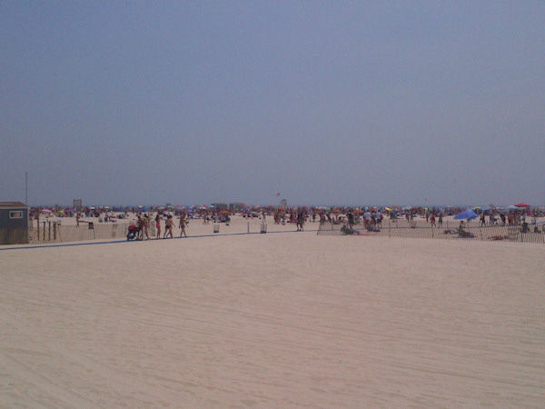 "<div class=""meta ""><span class=""caption-text "">The crowd on Jones Beach on June 20, 2012. (Photo by Kristin Thorne)</span></div>"