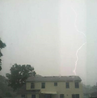 Lightning in Manahawkin l(Photo by Filomena Arocho)