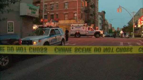 "<div class=""meta image-caption""><div class=""origin-logo origin-image ""><span></span></div><span class=""caption-text"">Police investigate a shooting that left a suspect dead in the Bronx.  Officials say the suspect had pointed a gun at 2 officers.</span></div>"