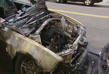 "<div class=""meta ""><span class=""caption-text "">Police say an arsonist struck overnight torching at least 15 cars in Hamiltion Heights.</span></div>"