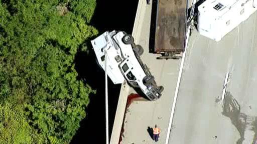 RV Net Open Roads Forum: Truck camper towing at least a 30