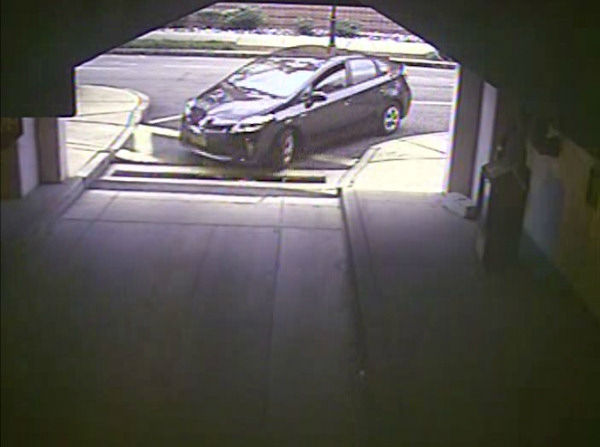 Alexis? rental car enters Washington Navy Yard Parking Garage #28 at 7:53 a.m. on September 16, 2013. <span class=meta>(FBI)</span>