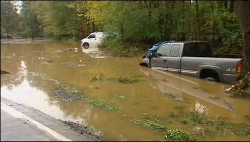 Heavy rain caused a new round of flooding in Flanders in northwest New Jersey on Wednesday, September 28, 2011.