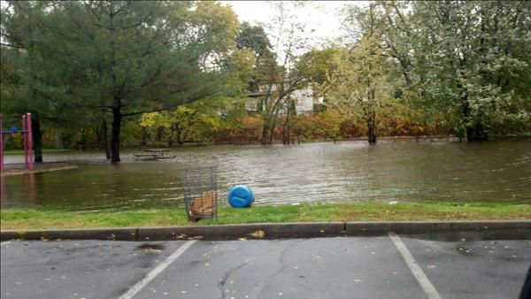 Eyewitness News viewers send in their photos of Hurricane Sandy up and down the East Coast.