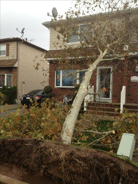 "<div class=""meta ""><span class=""caption-text "">Eyewitness News viewers send in their photos of Hurricane Sandy up and down the East Coast.</span></div>"