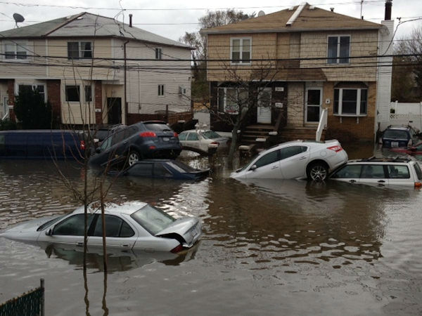 "<div class=""meta ""><span class=""caption-text "">Dongan Hills, Staten Island</span></div>"
