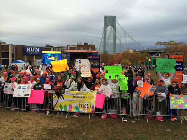 Had a great crowd behind us this morning in Fort Wadsworth for our prerace show! <span class=meta>(Laura Behnke)</span>