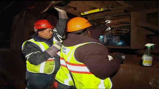 "<div class=""meta ""><span class=""caption-text "">The Hoboken PATH station remains closed weeks after Hurricane Sandy.  The media was given a tour to see the workers cleaning the tracks, some of which still contain water.</span></div>"
