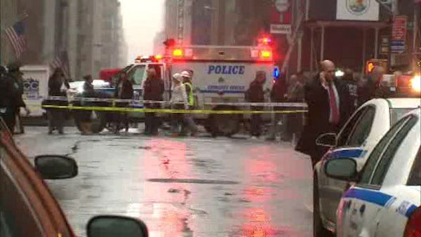 "<div class=""meta ""><span class=""caption-text "">A man was shot in the head at 58th and Broadway in Midtown Manhattan around 2:00 p.m. on Monday, December 10, 2012.</span></div>"