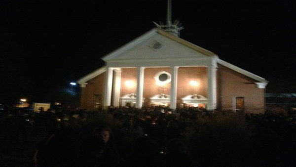 "<div class=""meta image-caption""><div class=""origin-logo origin-image ""><span></span></div><span class=""caption-text"">The Newtown community has come together to mourn those who were lost in the Sandy Hook Elementary School shooting on December 14, 2012 </span></div>"