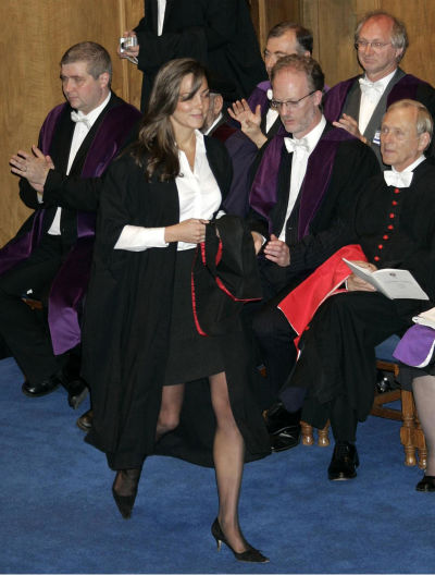 Kate Middleton, girlfriend of Britain&#39;s Prince William, during their graduation ceremony at St. Andrews University in St. Andrews, Scotland, Thursday June 23, 2005. William, the son of Britain&#39;s Prince Charles and the late Princess Diana, received a 2:1 grade for his four-year master of arts degree in geography at the university. Middleton graduated in the same ceremony. Middleton graduated at the same ceremony.  &#40;AP Photo&#47; Michael Dunlea&#47;Daily Mail&#47;NPA pool&#41; <span class=meta>(AP Photo&#47; MICHAEL DUNLEA)</span>