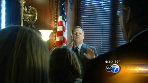 Illinoisans gather for Durbin breakfast