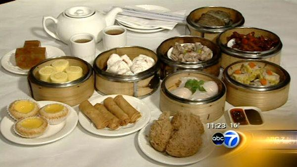 Chinatown restaurants stay open for Christmas