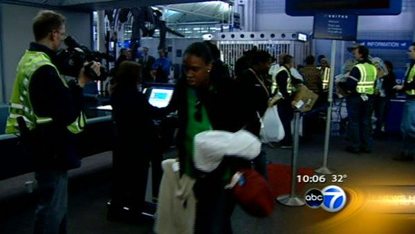 Volunteers leave Chicago bound for Haiti