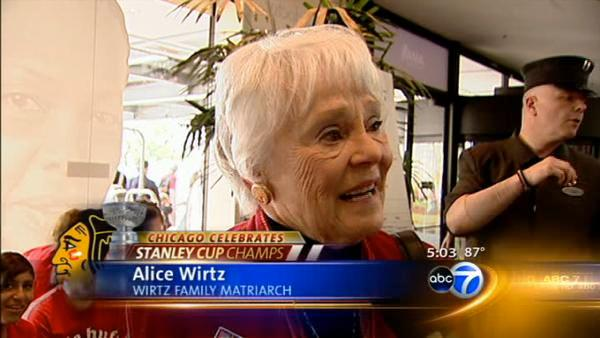 Wirtz family hosts special Hawks celebration
