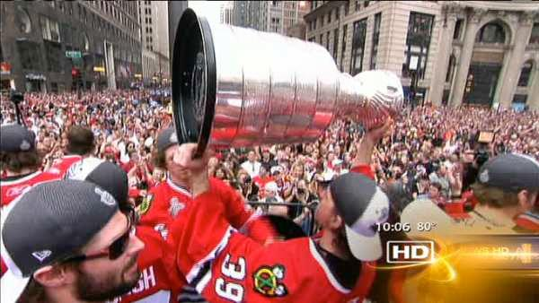 Blackhawks take Stanley Cup around town