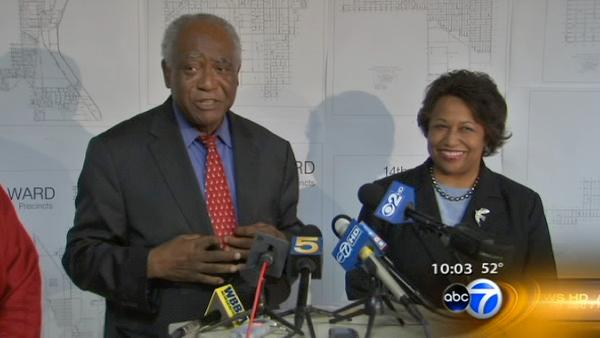 Rep. Danny Davis drops out of mayoral race