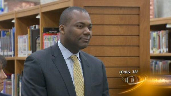 New Chicago Public Schools CEO named