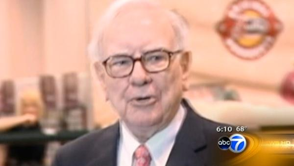 Warren Buffett to host Obama fundraiser in Chicago