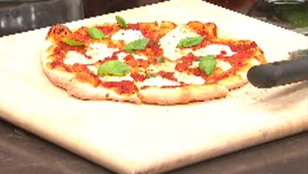 Recipe: Classic, Simple Pizza Margherita