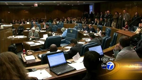 Layoffs reduced to about 400 in Cook Co. budget