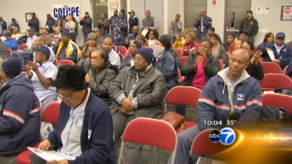 Postal workers rally against proposed cuts