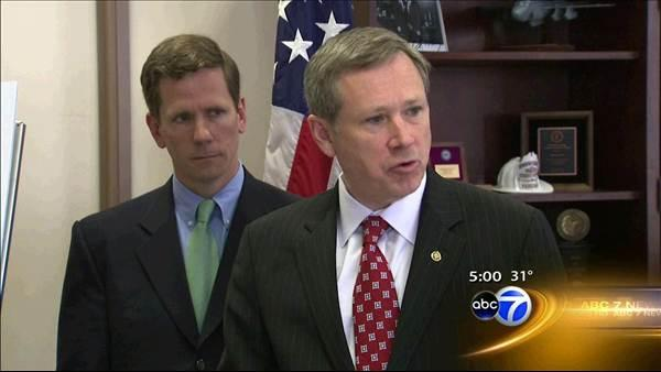 Sen. Mark Kirk talks, asks for phone after stroke