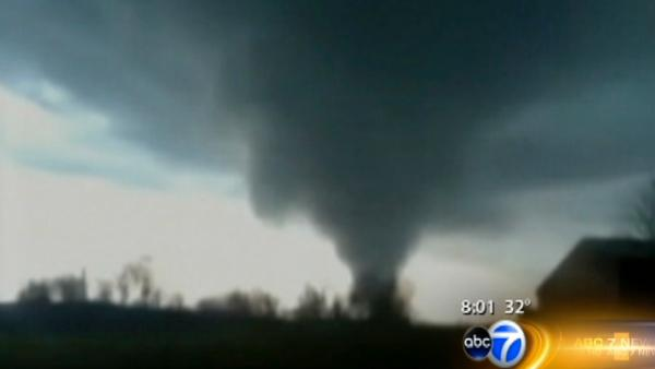 Death roll rises in wake of Midwest tornadoes