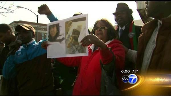 Protest outside Chicago Police officer's home