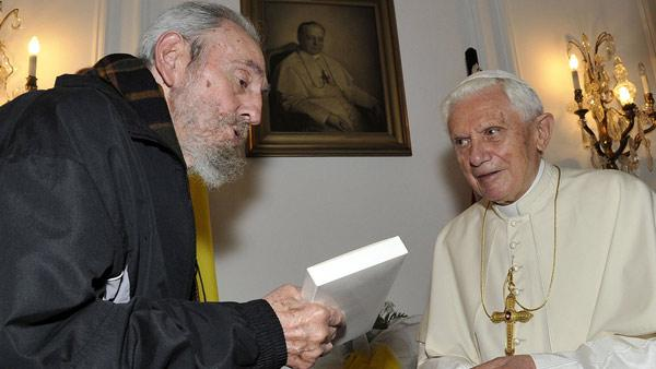 In this photo released by Cubadebate, Pope Benedict XVI, right, meets with Cuba's Fidel Castro in Havana, Cuba, Wednesday March 28, 2012. (AP Photo/Cubad